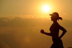 como correr corretamente postura